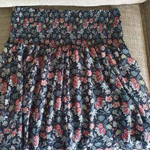 CAbi size Medium Flirt Skirt